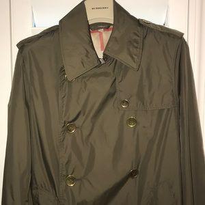 ⭐️⭐️⭐️Burberry Jacket